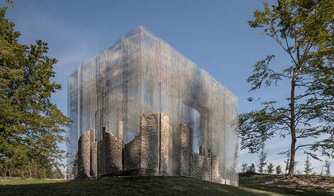 New Wire Mesh architectural shapes an Open Air Museum in Italy